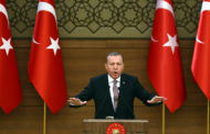 اردوغان يقول ان بلاده تحاول منع عبور 250 الف شخص من ادلب الحدود.. ويتهم الدول الغربية بتحولها الى سجون مفتوحة