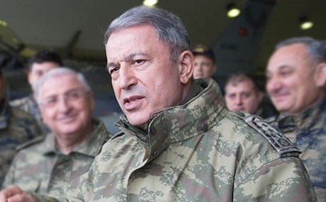 وزير الدفاع التركي يكشف عن نية بلاده إرسال قوات إلى أذربيجان