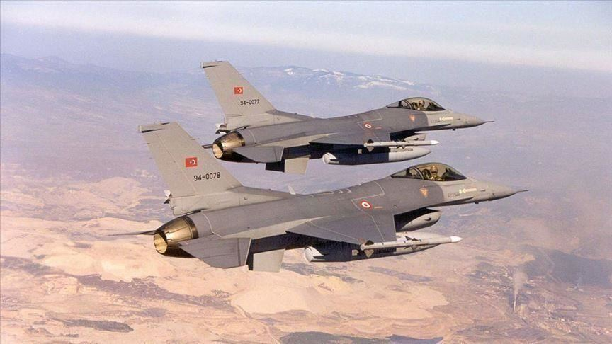 مقاتلات تركية من (إف 16) فوق شرق الفرات ضمن عملية