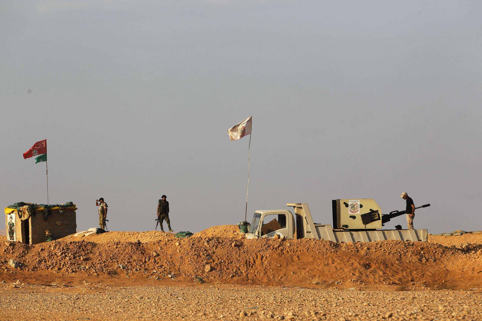 المرصد: فصائل موالية لإيران ترتكب مجزرة في بادية حماة ضحيتها 16 مدنياً ما بين قتيل وجريح