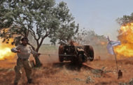 القوات الحكومية والفصائل المسلحة يتبادلان القصف بريف إدلب وحماة.. والعثور على جثة لقيادي معارض في إعزاز