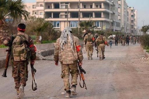 قيادي من المعارضة المسلحة ينفي دخول 6 الاف مقاتل الى تل ابيض شمال شرق سوريا