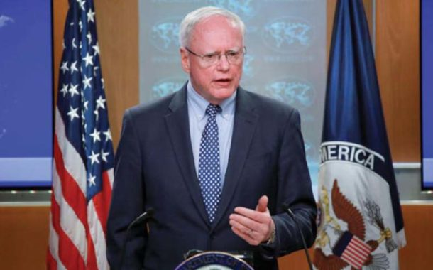 جيفري ينفي مغادرته منصبه ويتحدث عن (اللجنة الدستورية، تصريحات الأسد، الإدارة الذاتية والعقد النفطي)