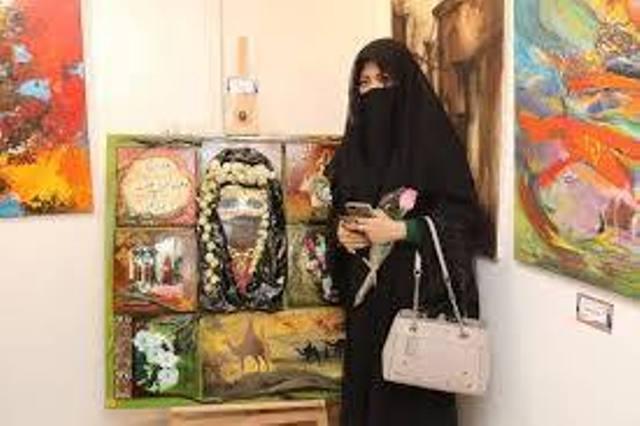 تشكيلية سعودية: لو جلس الفنان العربي منتظرا العيش من عائدات الفن فإنه سيموت جوعاً