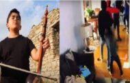 طفل في الخامسة من عمره يتصدّى لمسلّح ,وآخر يتنقل بين القرى مؤديا أغاني تراثية