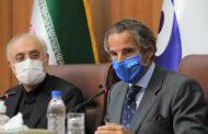 مدير الوكالة الدولية للطاقة الذرية يصل إلى إيران عشية انتهاء مهلة حددتها لتقليص عمل المفتشين ولبحث الملف النووي