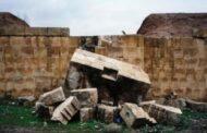 استياء شعبي في الموصل من تدمير سور آشوري عمره 3 آلاف عام من قبل مقاول