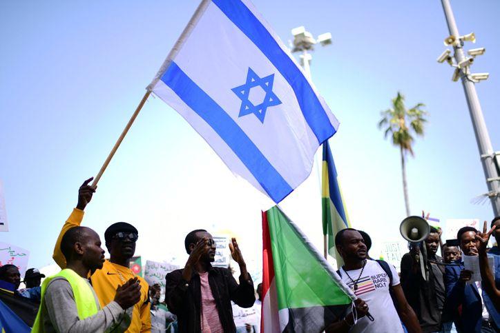 مجلس الوزراء السوداني يصوت لصالح إلغاء قانون مقاطعة إسرائيل