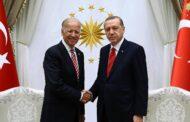 إردوغان: يدا الرئيس الاميركي